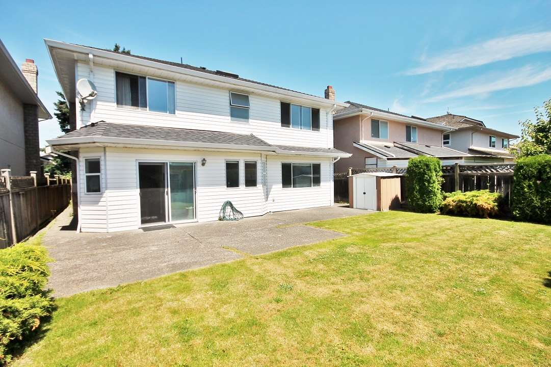Detached at 10760 FINLAYSON DRIVE, Richmond, British Columbia. Image 20