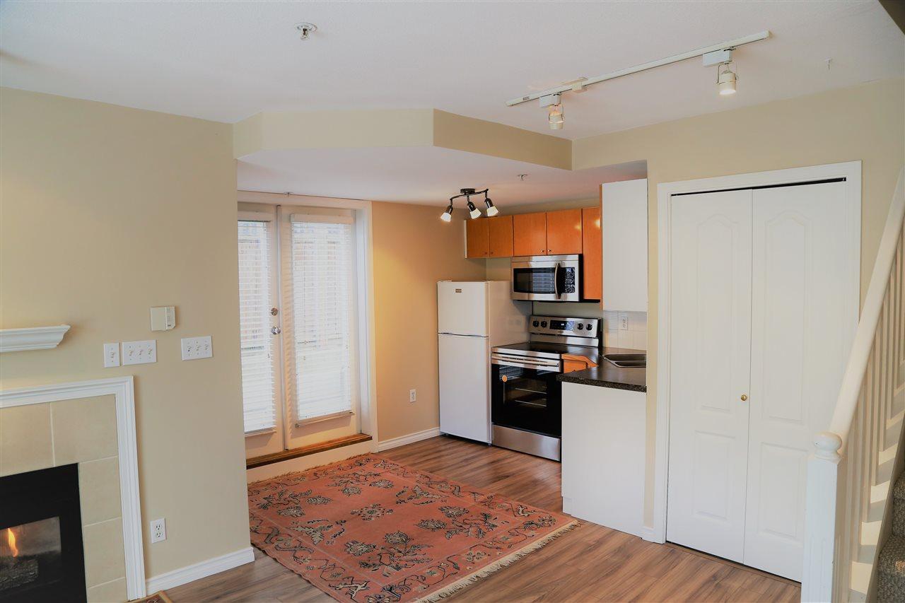 Condo Apartment at 2192 W 5TH AVENUE, Vancouver West, British Columbia. Image 5