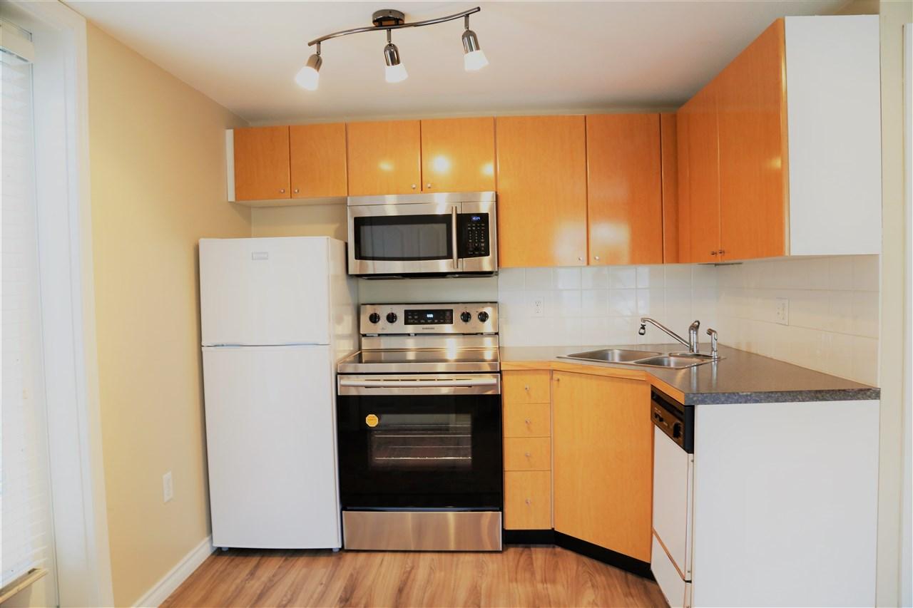 Condo Apartment at 2192 W 5TH AVENUE, Vancouver West, British Columbia. Image 6