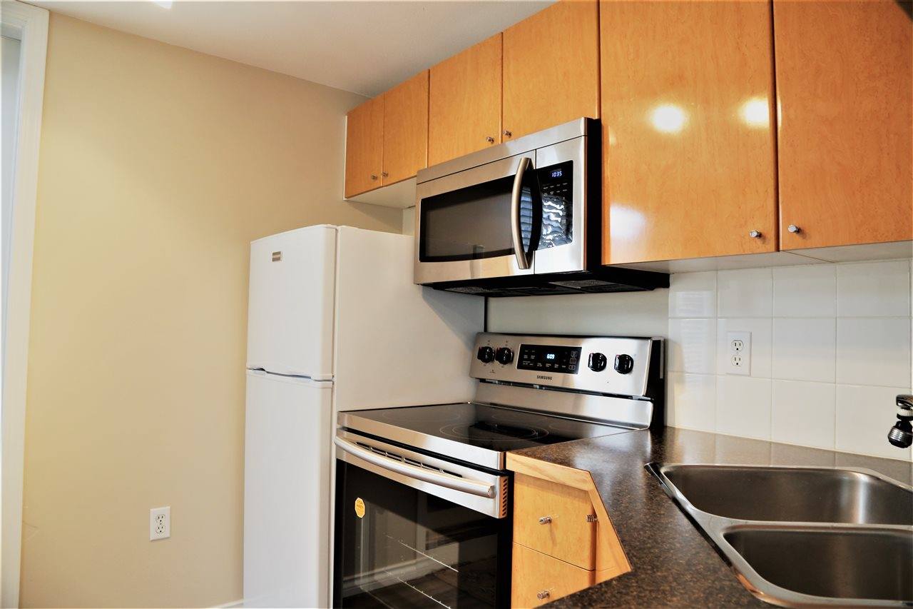 Condo Apartment at 2192 W 5TH AVENUE, Vancouver West, British Columbia. Image 7