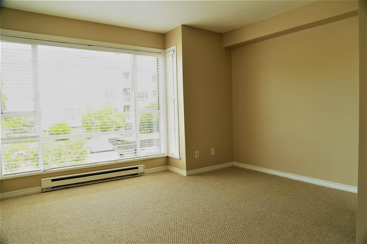 Condo Apartment at 2192 W 5TH AVENUE, Vancouver West, British Columbia. Image 9