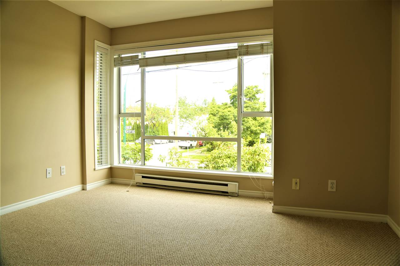 Condo Apartment at 2192 W 5TH AVENUE, Vancouver West, British Columbia. Image 10