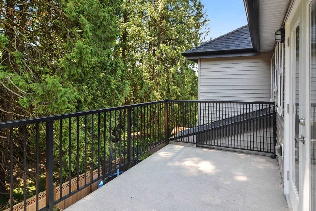 Detached at 24680 100A AVENUE, Maple Ridge, British Columbia. Image 15