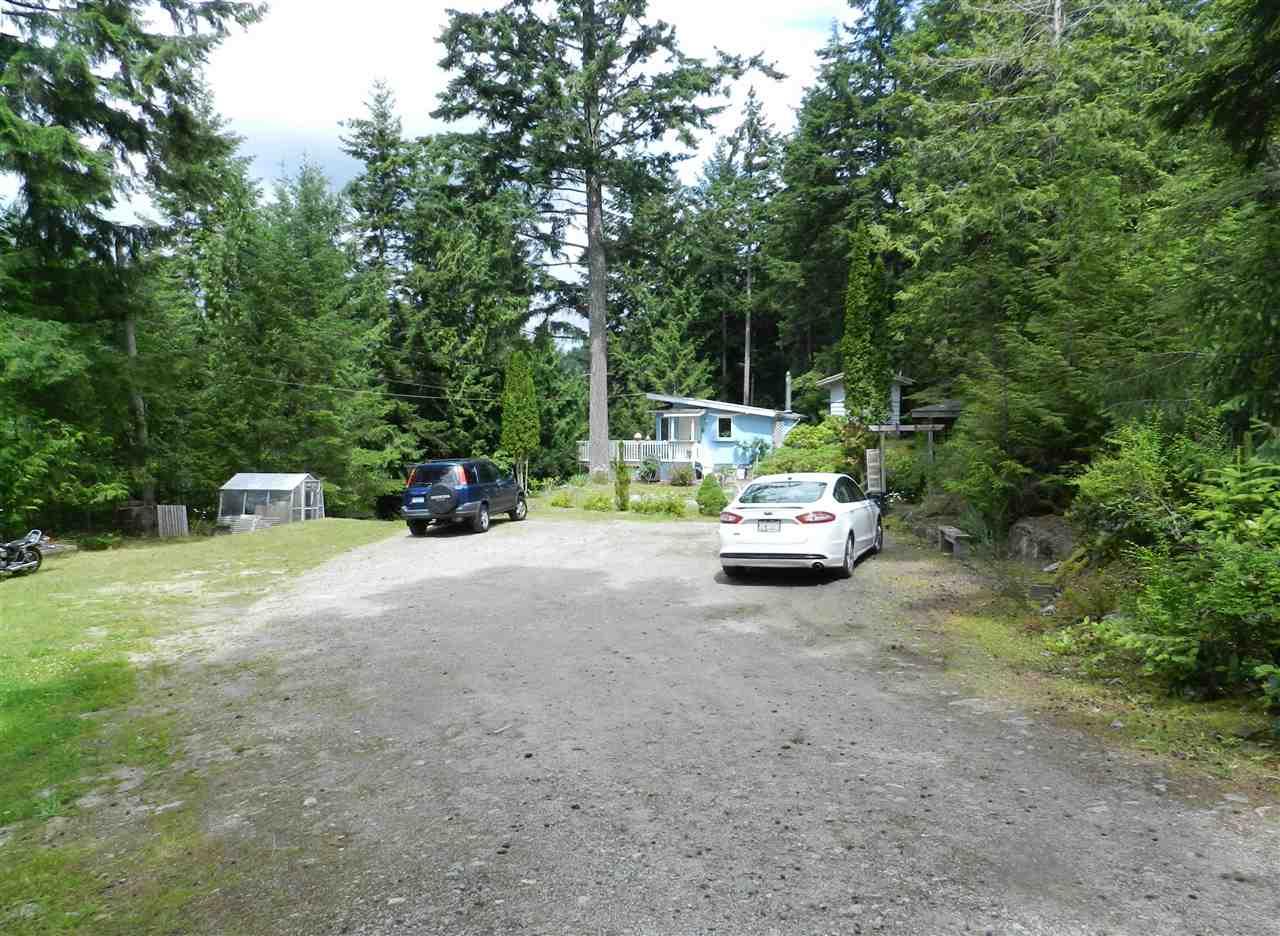 Detached at 12692 LAGOON ROAD, Sunshine Coast, British Columbia. Image 14