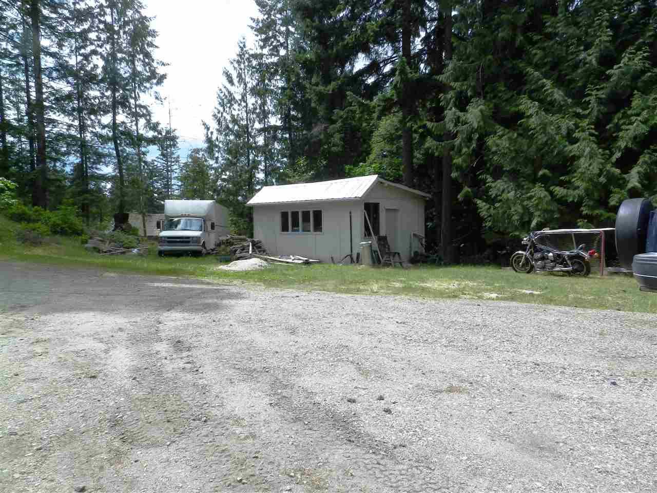 Detached at 12692 LAGOON ROAD, Sunshine Coast, British Columbia. Image 16