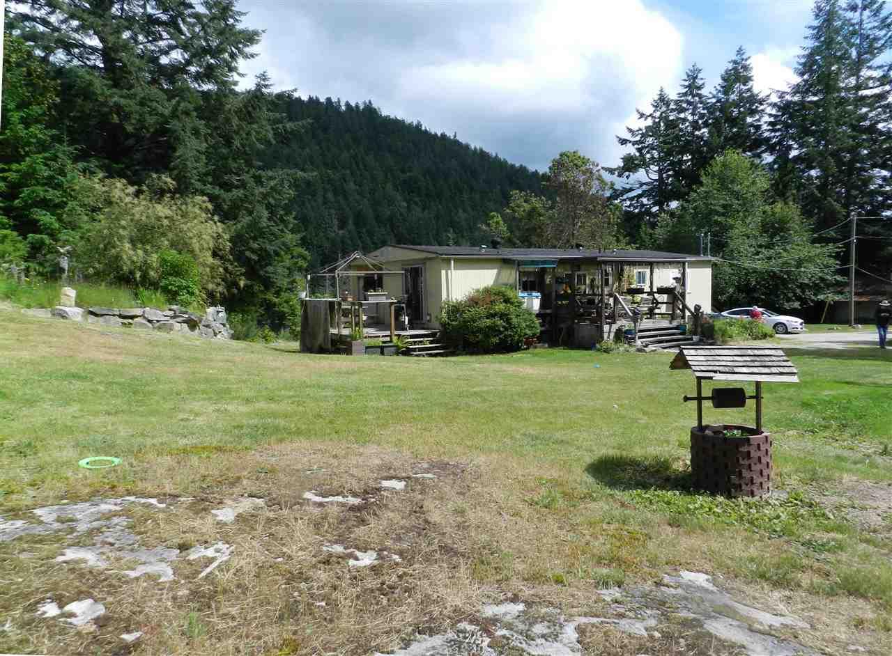 Detached at 4979 FRANCIS PENINSULA ROAD, Sunshine Coast, British Columbia. Image 16