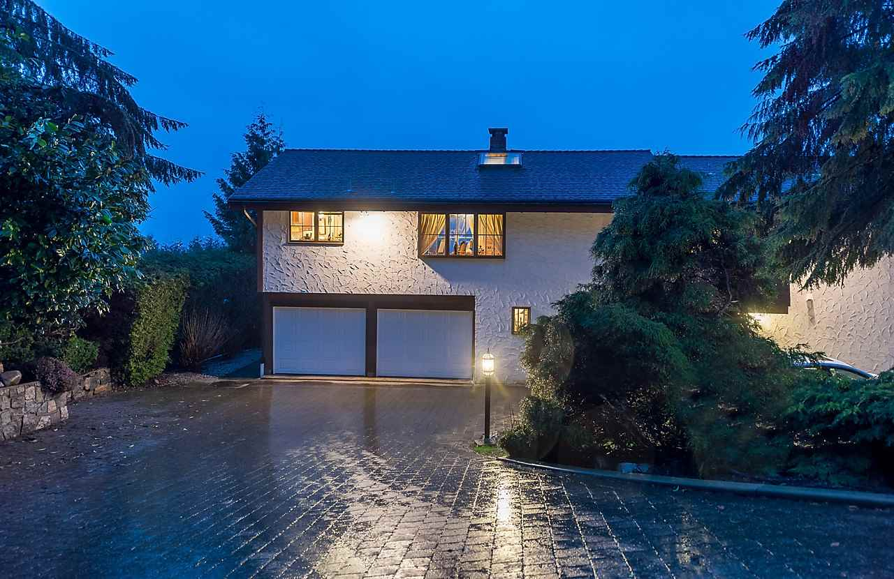 Detached at 1033 MILLSTREAM ROAD, West Vancouver, British Columbia. Image 3