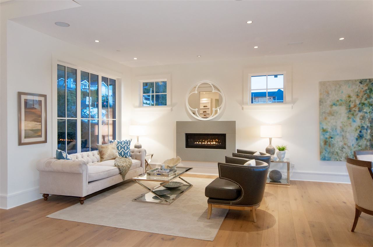 Detached at 3324 WESTMOUNT ROAD, West Vancouver, British Columbia. Image 4