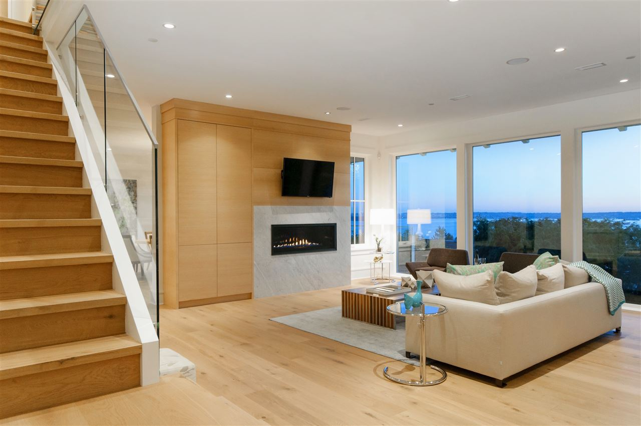 Detached at 3324 WESTMOUNT ROAD, West Vancouver, British Columbia. Image 7