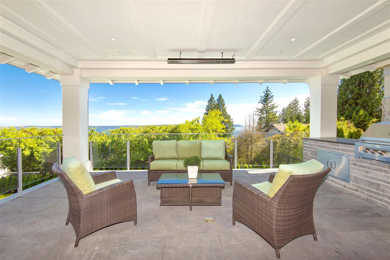 Detached at 3324 WESTMOUNT ROAD, West Vancouver, British Columbia. Image 9