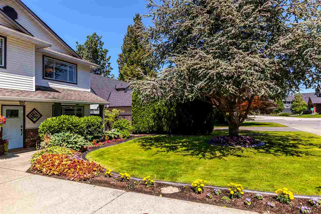 Detached at 5187 219A STREET, Langley, British Columbia. Image 16