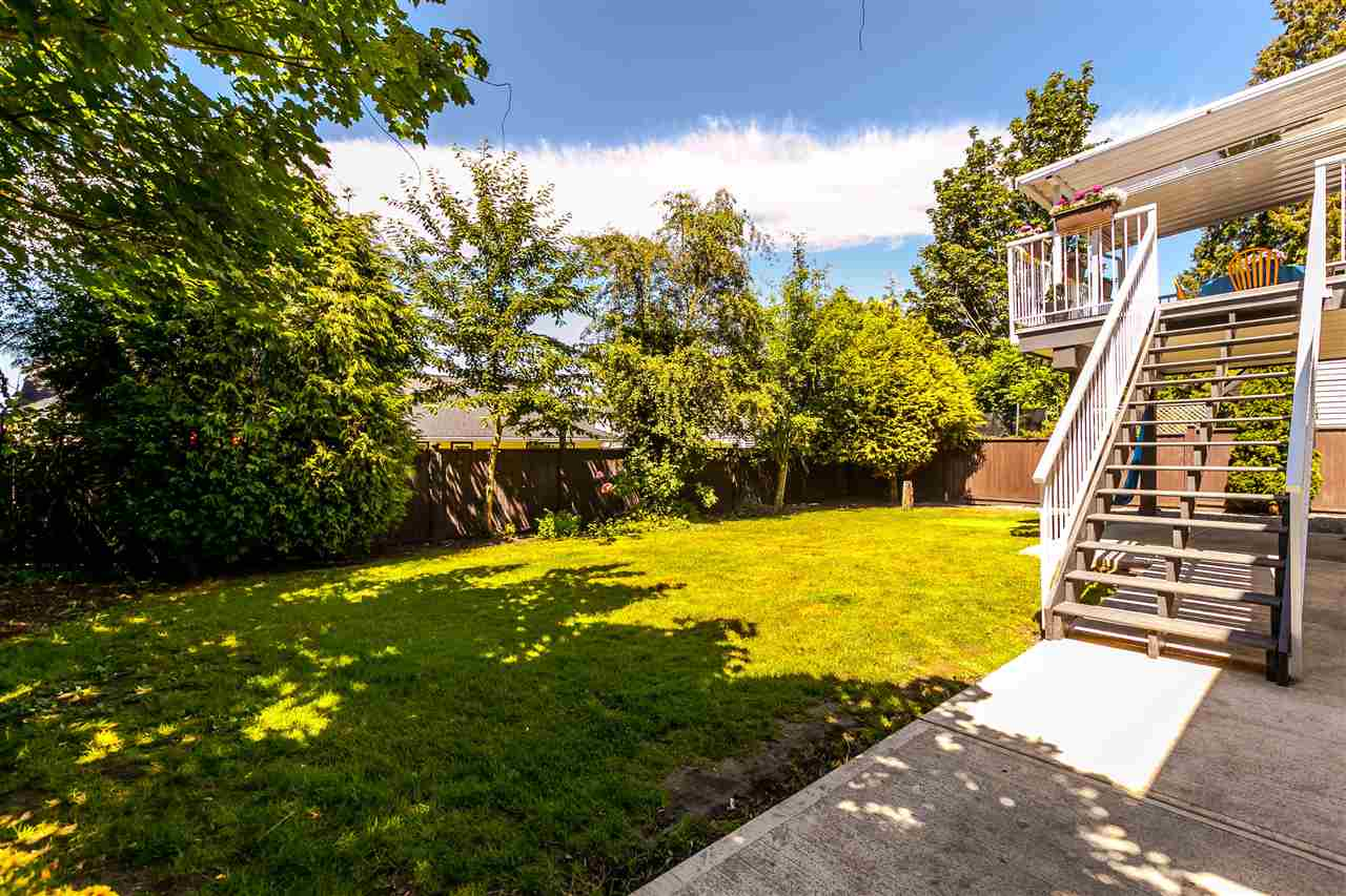 Detached at 5187 219A STREET, Langley, British Columbia. Image 19