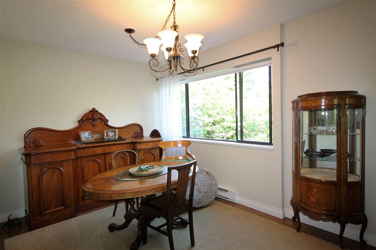 Condo Apartment at 201 15290 THRIFT AVENUE, Unit 201, South Surrey White Rock, British Columbia. Image 3