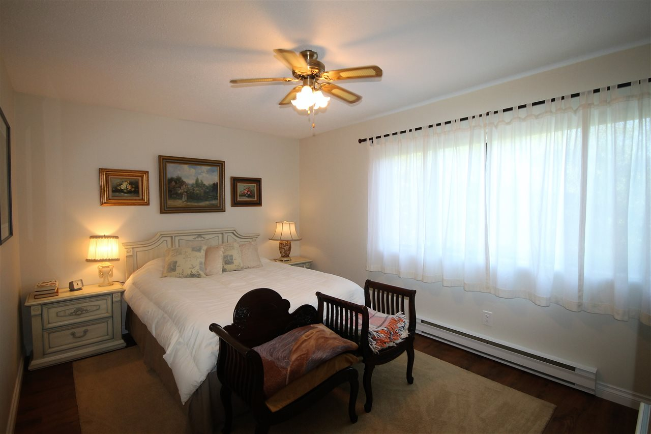 Condo Apartment at 201 15290 THRIFT AVENUE, Unit 201, South Surrey White Rock, British Columbia. Image 7