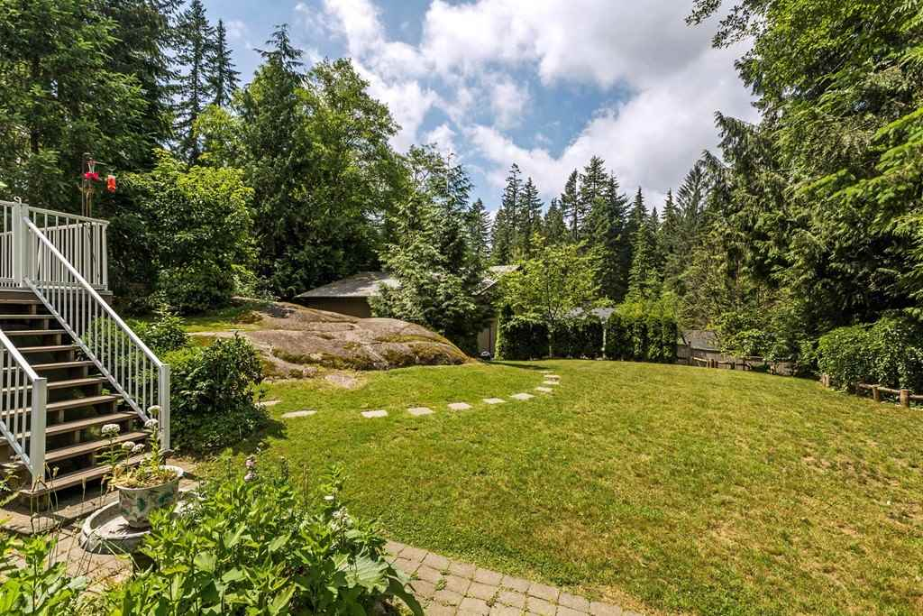 Detached at 11591 284 STREET, Maple Ridge, British Columbia. Image 17