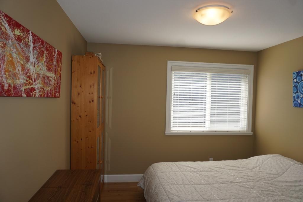 Half-duplex at 609 LANGSIDE AVENUE, Coquitlam, British Columbia. Image 9