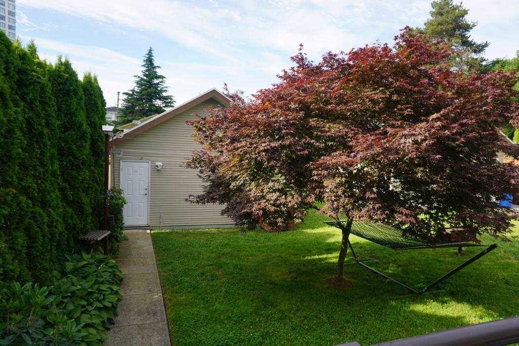 Half-duplex at 609 LANGSIDE AVENUE, Coquitlam, British Columbia. Image 11