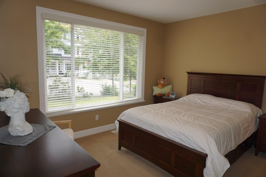 Half-duplex at 611 LANGSIDE AVENUE, Coquitlam, British Columbia. Image 6