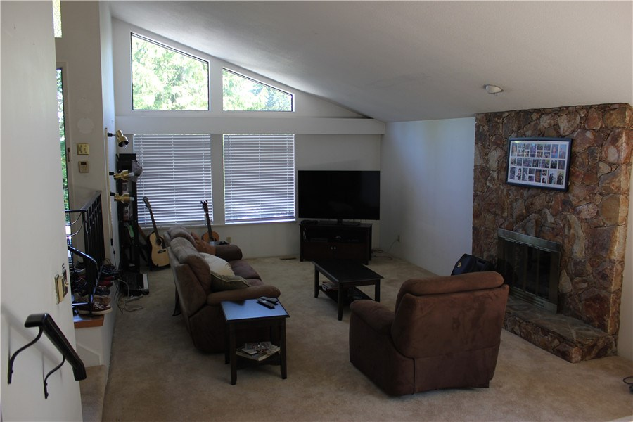 Detached at 4736 CURR PLACE, Burnaby South, British Columbia. Image 3