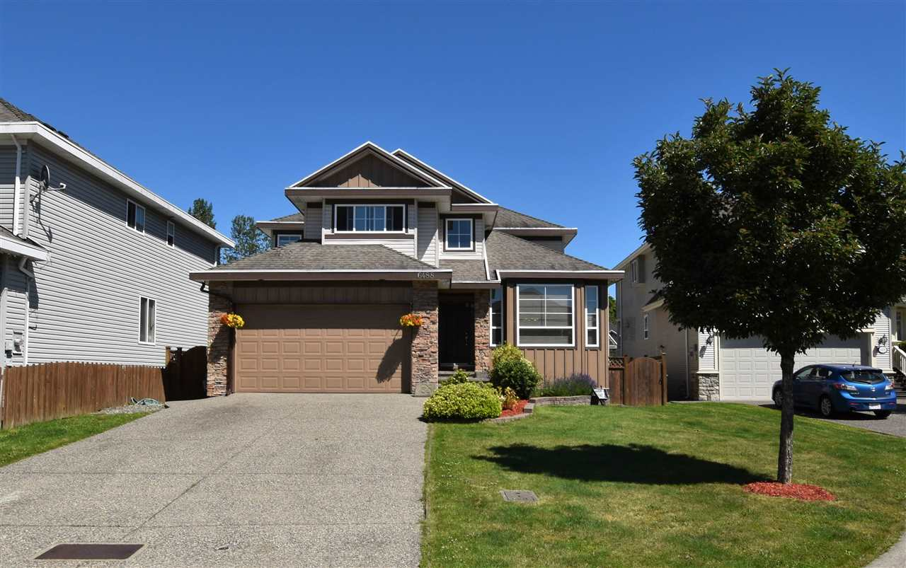 Detached at 6488 189 STREET, Cloverdale, British Columbia. Image 1