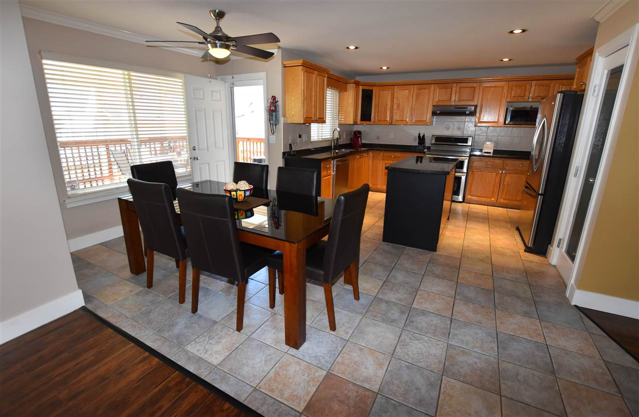 Detached at 6488 189 STREET, Cloverdale, British Columbia. Image 6