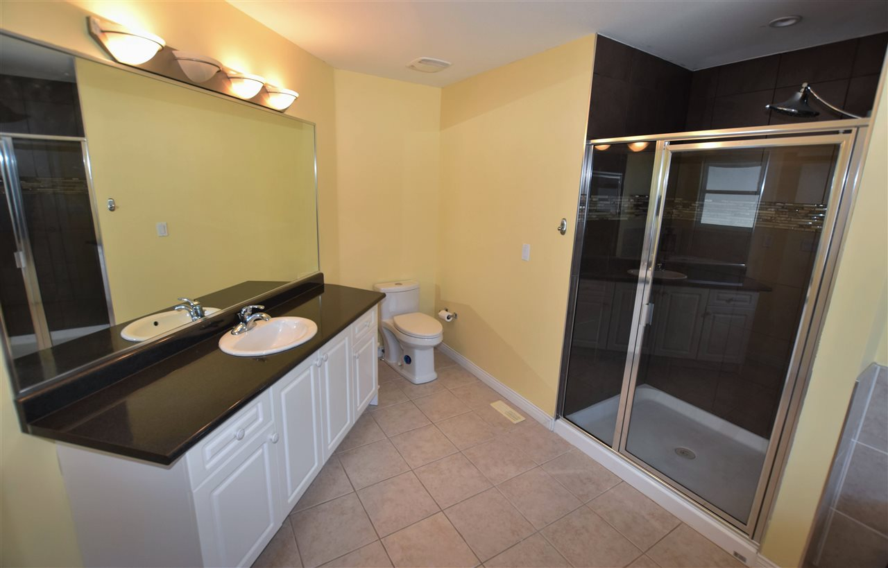 Detached at 6488 189 STREET, Cloverdale, British Columbia. Image 12