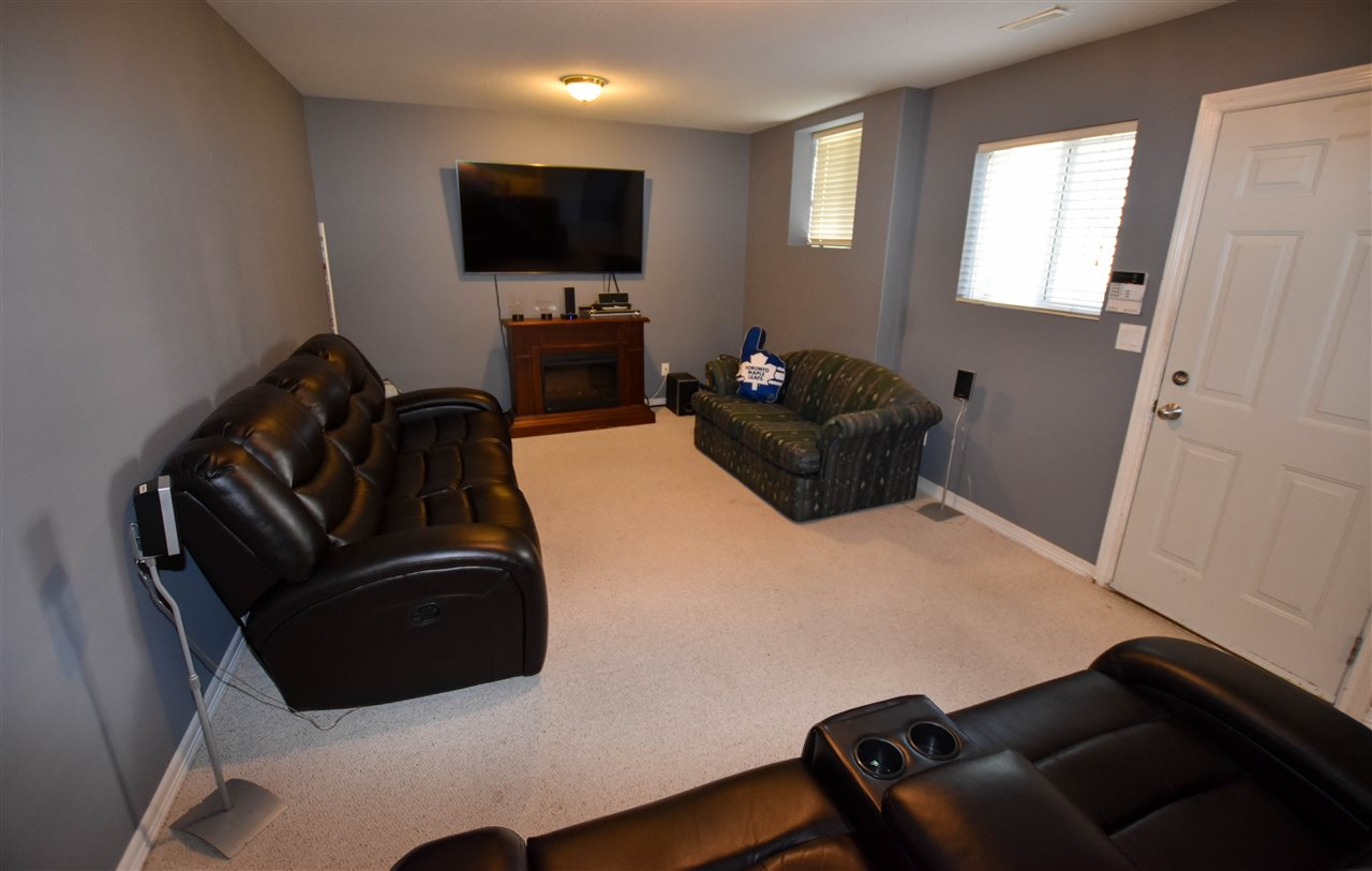 Detached at 6488 189 STREET, Cloverdale, British Columbia. Image 17