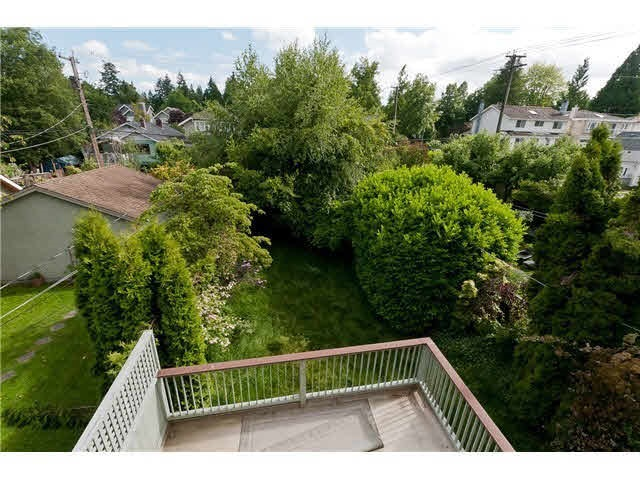 Detached at 3890 W 29TH AVENUE, Vancouver West, British Columbia. Image 2