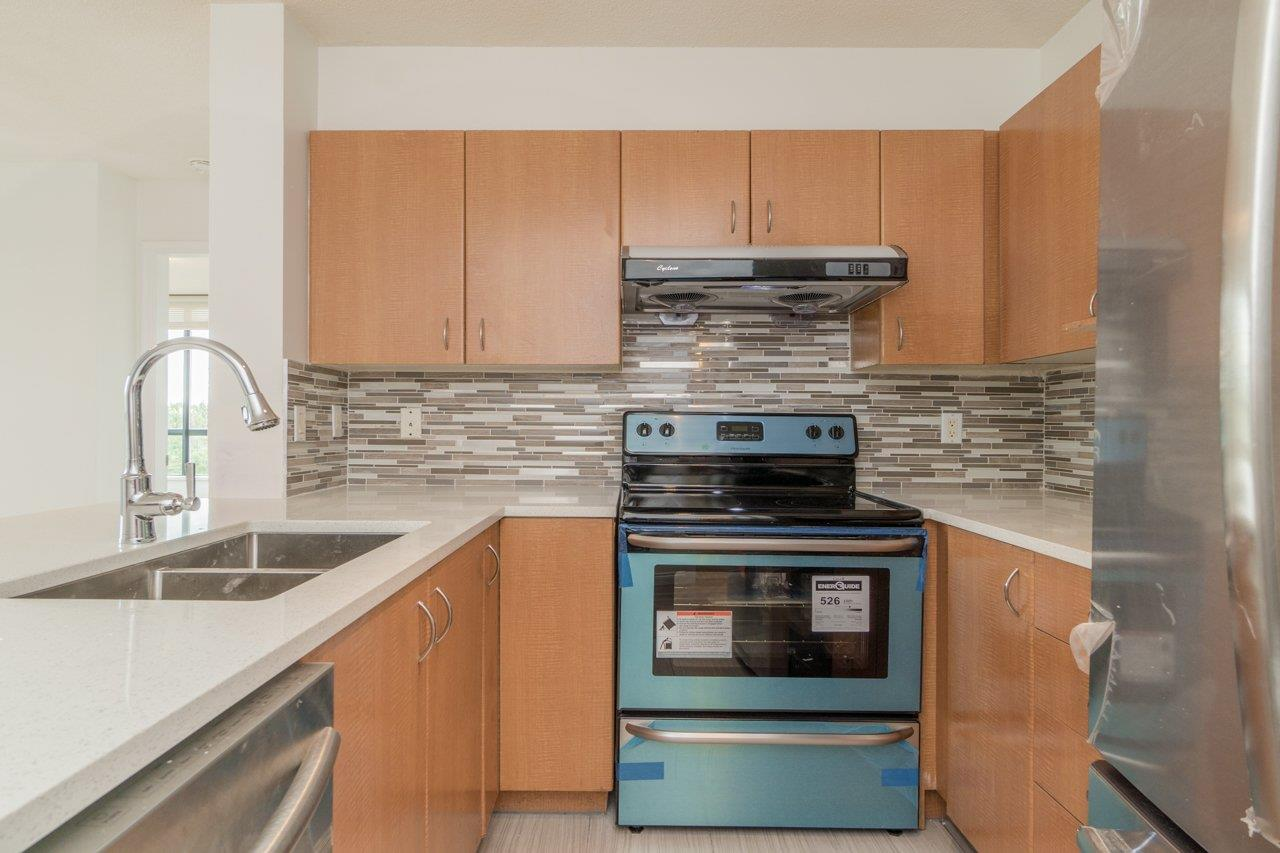 Condo Apartment at 809 5288 MELBOURNE STREET, Unit 809, Vancouver East, British Columbia. Image 2