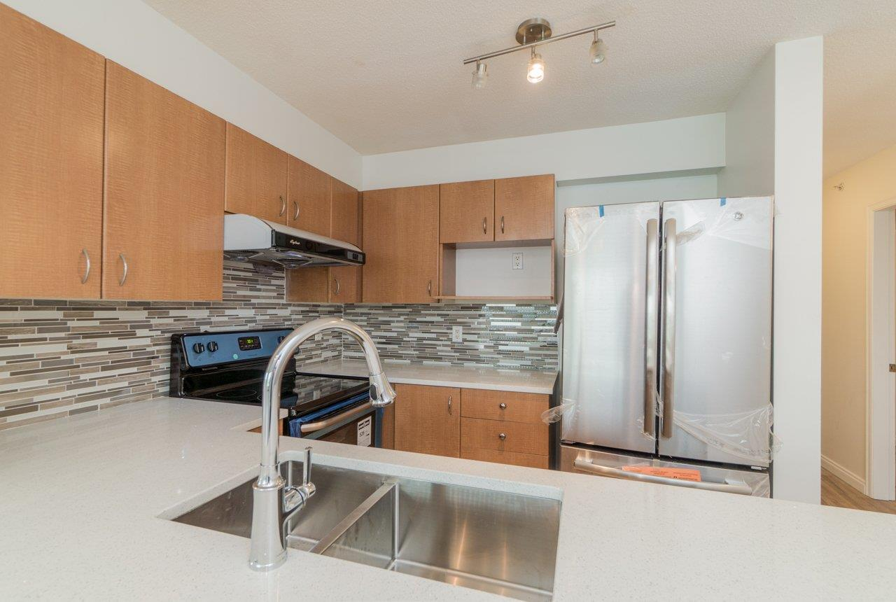 Condo Apartment at 809 5288 MELBOURNE STREET, Unit 809, Vancouver East, British Columbia. Image 3