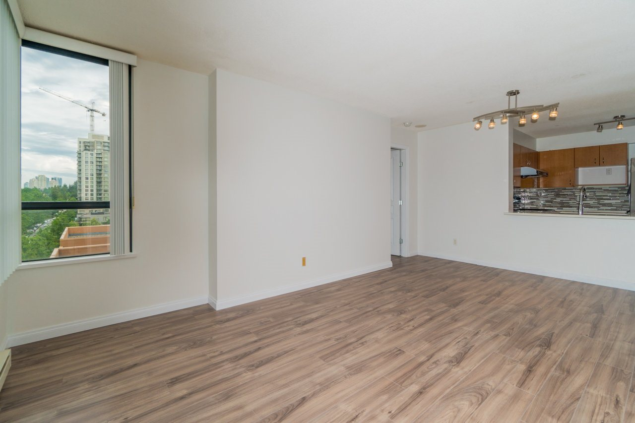 Condo Apartment at 809 5288 MELBOURNE STREET, Unit 809, Vancouver East, British Columbia. Image 5