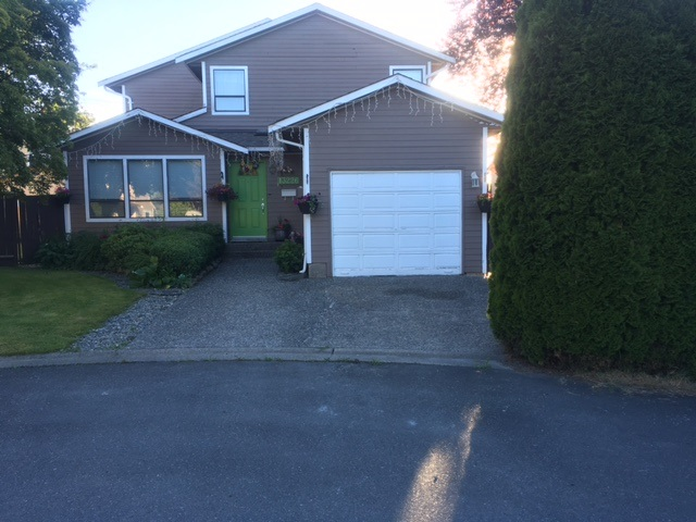 Detached at 13226 81B AVENUE, Surrey, British Columbia. Image 1