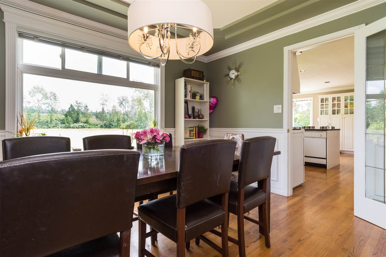 Detached at 2944 192ND STREET, South Surrey White Rock, British Columbia. Image 7