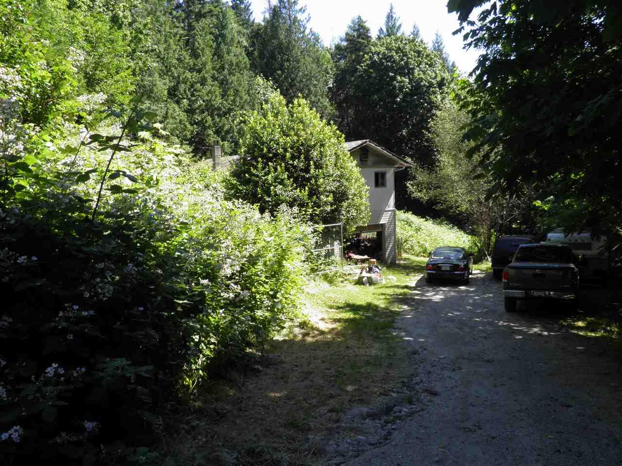Detached at 4598 ESQUIRE DRIVE, Sunshine Coast, British Columbia. Image 10