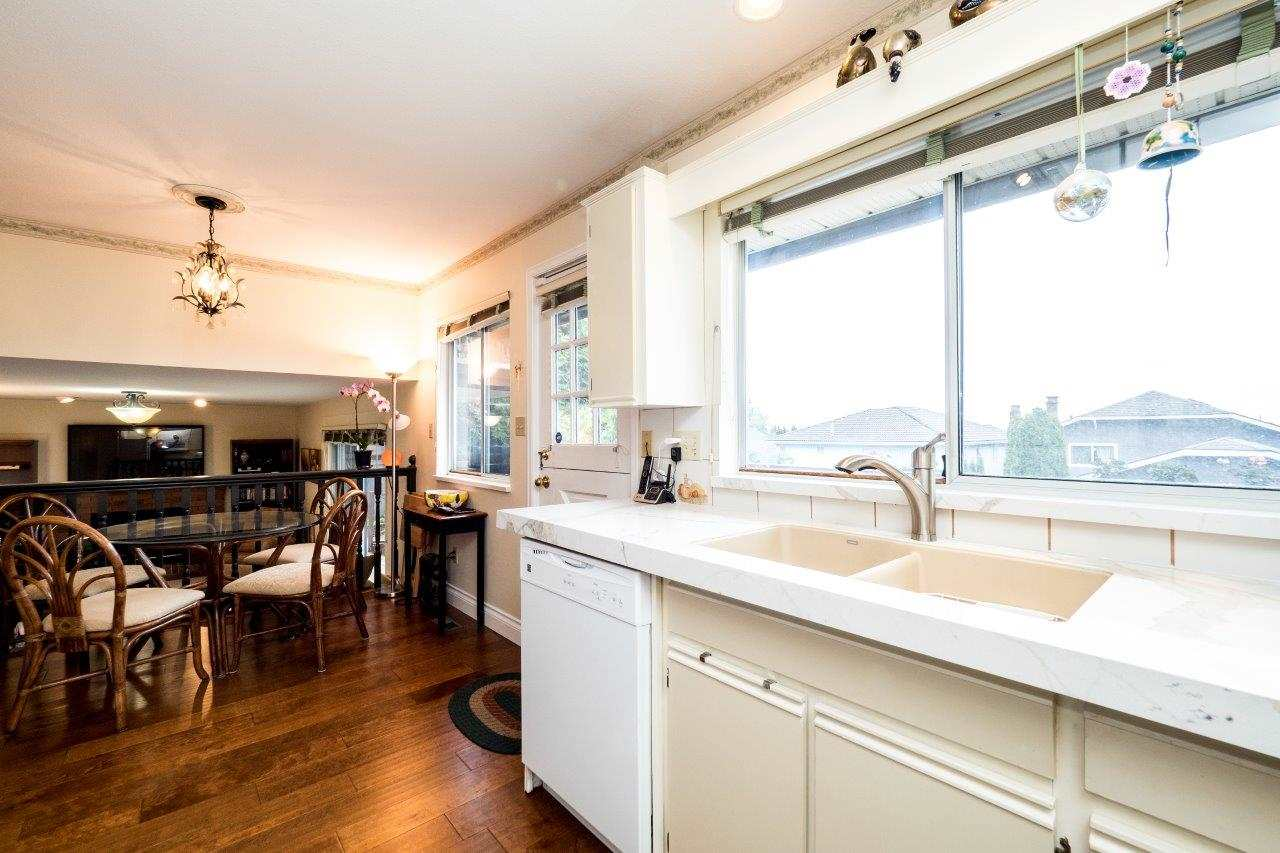 Detached at 775 E 29TH STREET, North Vancouver, British Columbia. Image 6