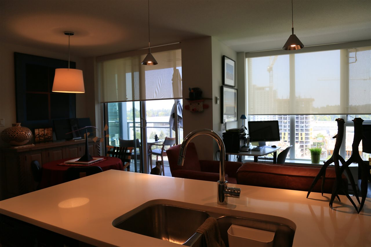 Condo Apartment at 1208 13325 102A AVENUE, Unit 1208, North Surrey, British Columbia. Image 8
