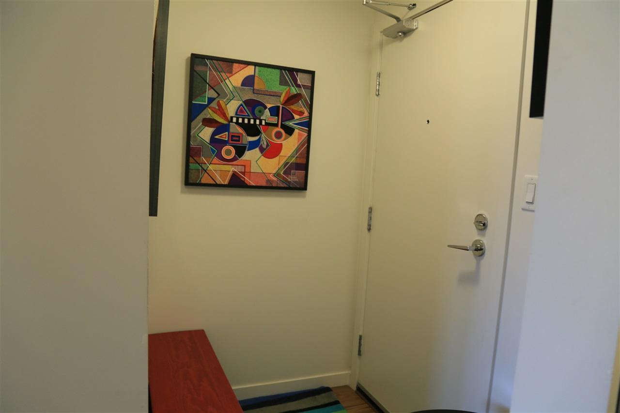 Condo Apartment at 1208 13325 102A AVENUE, Unit 1208, North Surrey, British Columbia. Image 17