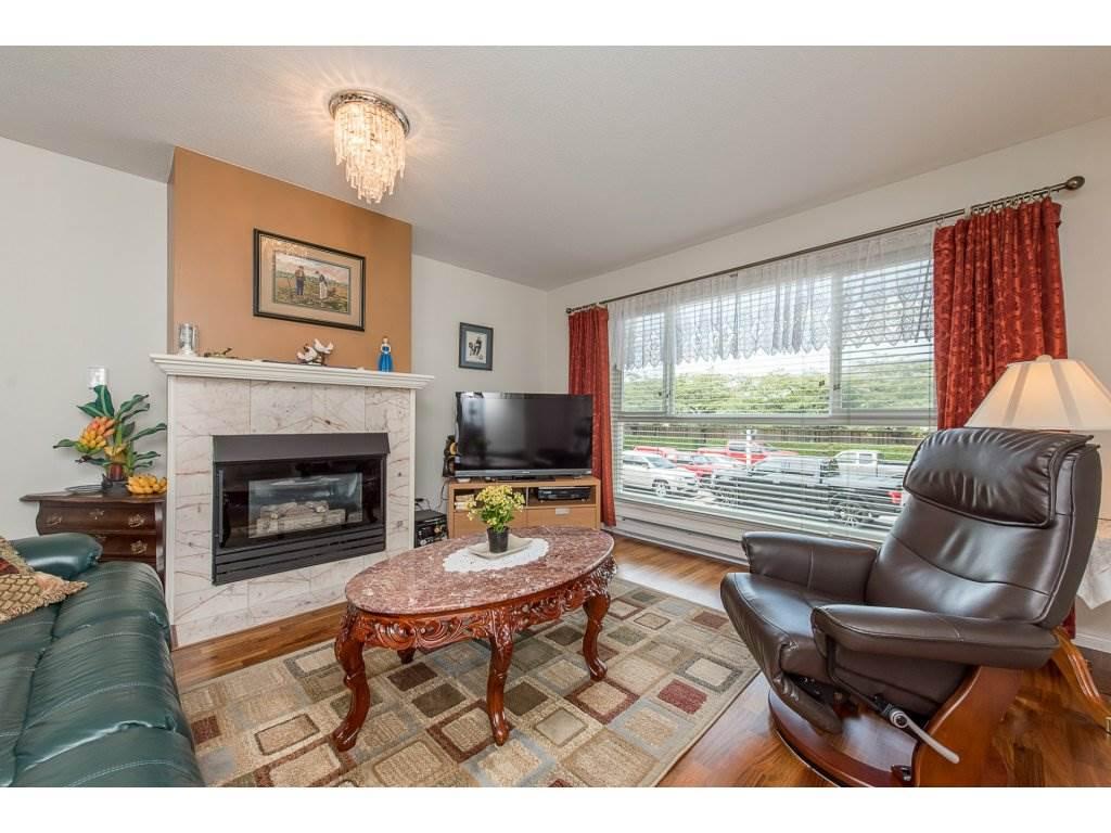 Condo Apartment at 102 19835 64 AVENUE, Unit 102, Langley, British Columbia. Image 2