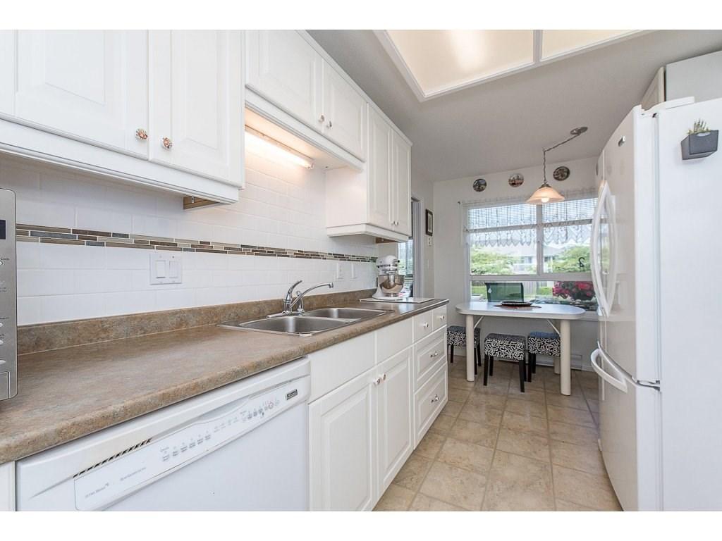 Condo Apartment at 102 19835 64 AVENUE, Unit 102, Langley, British Columbia. Image 8