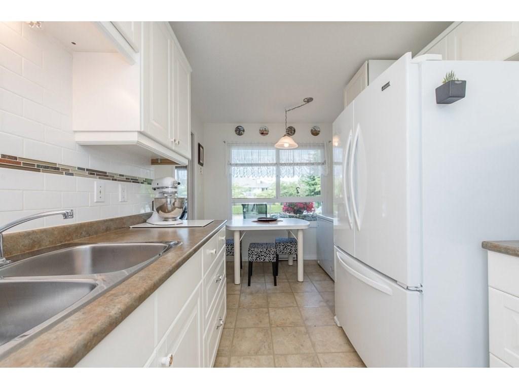 Condo Apartment at 102 19835 64 AVENUE, Unit 102, Langley, British Columbia. Image 9