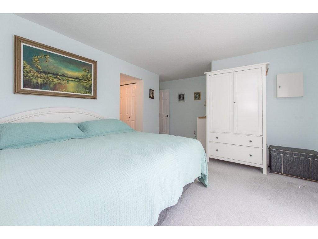 Condo Apartment at 102 19835 64 AVENUE, Unit 102, Langley, British Columbia. Image 13