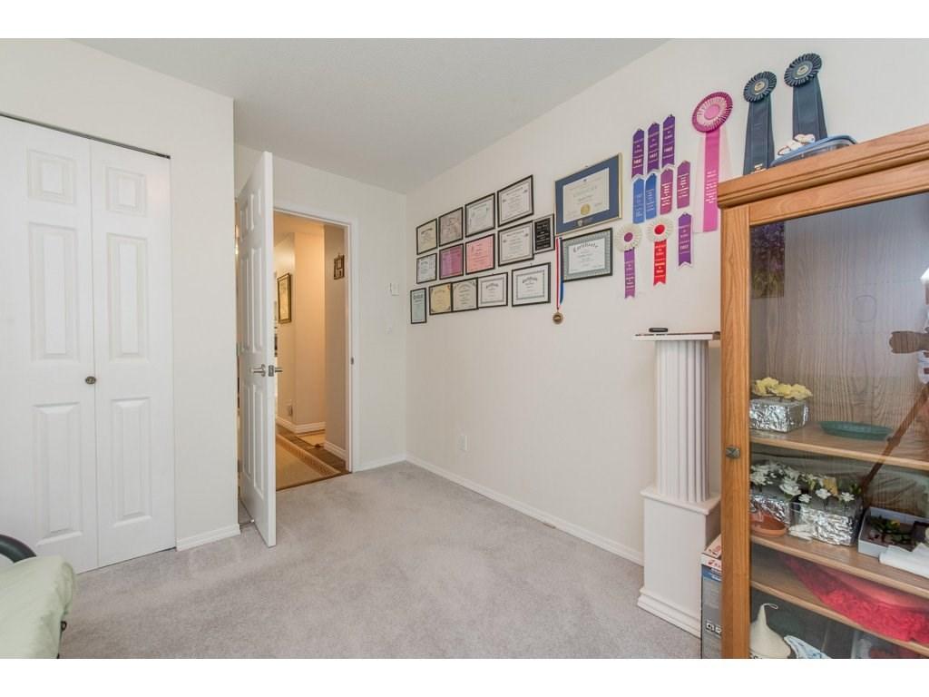 Condo Apartment at 102 19835 64 AVENUE, Unit 102, Langley, British Columbia. Image 16
