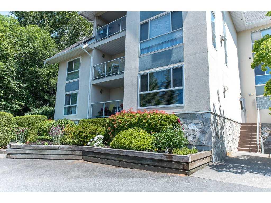 Condo Apartment at 102 19835 64 AVENUE, Unit 102, Langley, British Columbia. Image 20