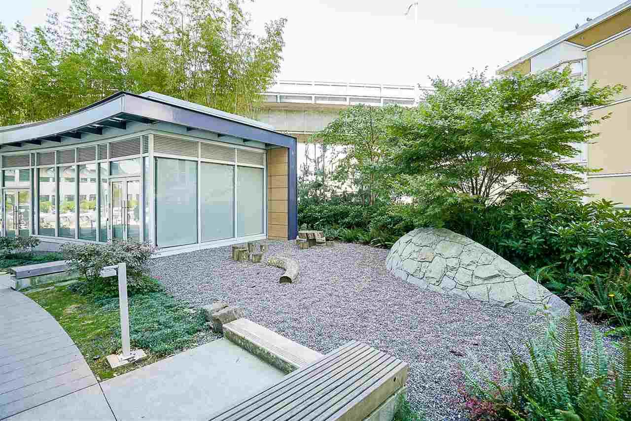 Condo Apartment at 701 1565 W 6TH AVENUE, Unit 701, Vancouver West, British Columbia. Image 17