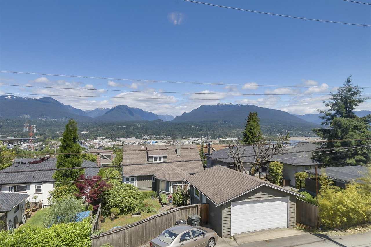 Condo Apartment at 204 550 N ESMOND AVENUE, Unit 204, Burnaby North, British Columbia. Image 2