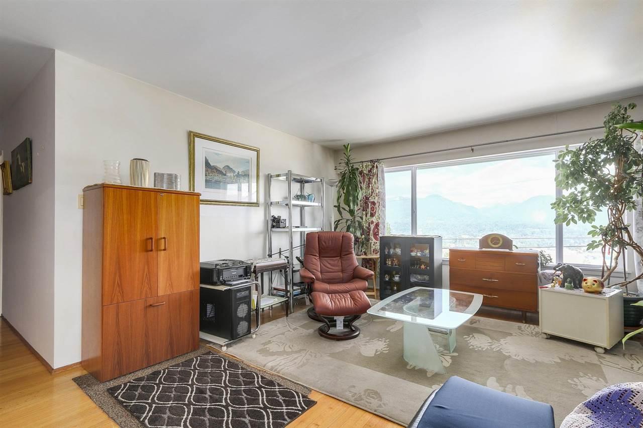 Condo Apartment at 204 550 N ESMOND AVENUE, Unit 204, Burnaby North, British Columbia. Image 6
