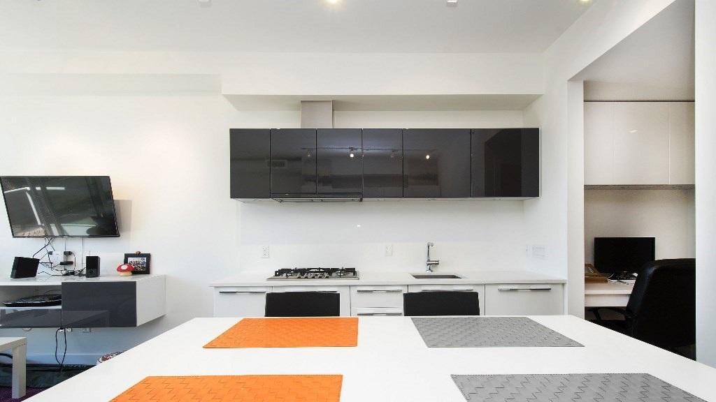Condo Apartment at 218 108 E 1ST AVENUE, Unit 218, Vancouver East, British Columbia. Image 9