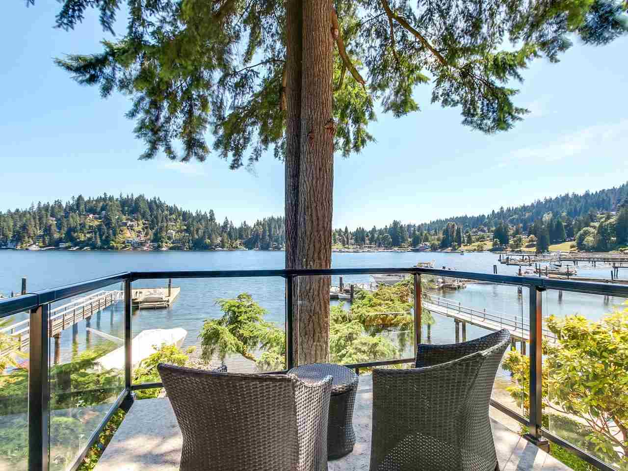 Detached at 2730 PANORAMA DRIVE, North Vancouver, British Columbia. Image 6
