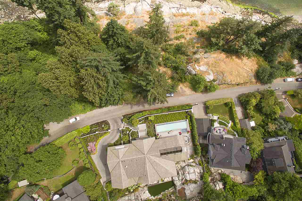 Detached at 4719 PILOT HOUSE ROAD, West Vancouver, British Columbia. Image 1
