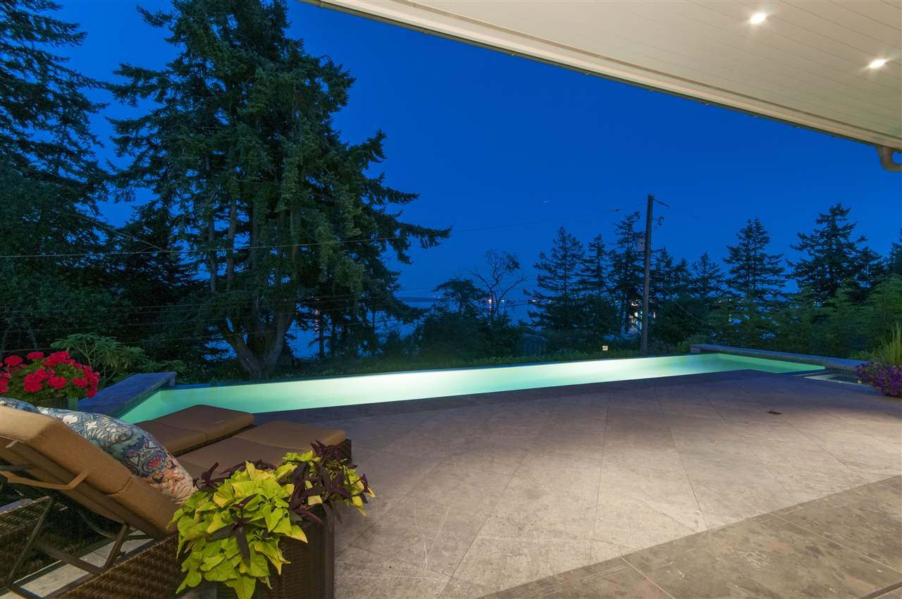 Detached at 4719 PILOT HOUSE ROAD, West Vancouver, British Columbia. Image 11